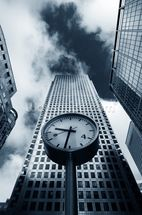 Canary Wharf Clock wall mural thumbnail
