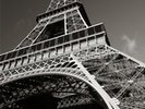 The Eiffel Tower wall mural thumbnail