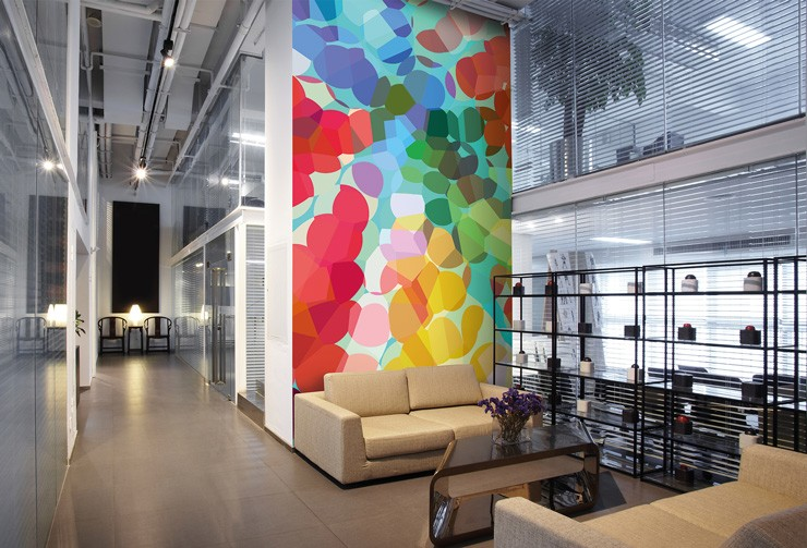 Designer-wallpaper-in-office-reception