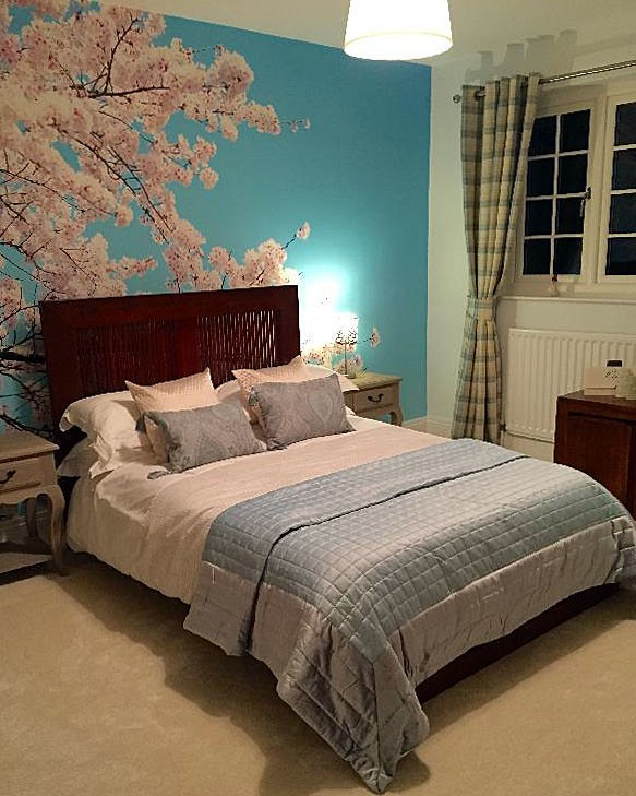 Cherry-blossom-mural-in-bedroom