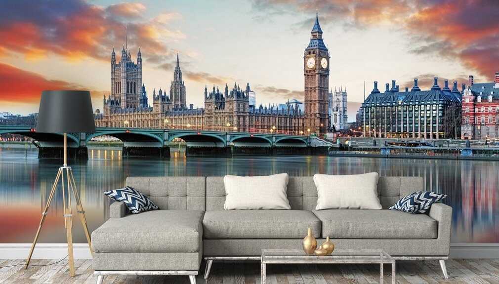 city photo wallpaper in living room